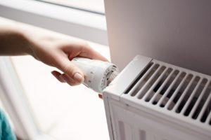 Réduire la température d'un degré : un réflexe tout simple pour faire des économies d'énergie.